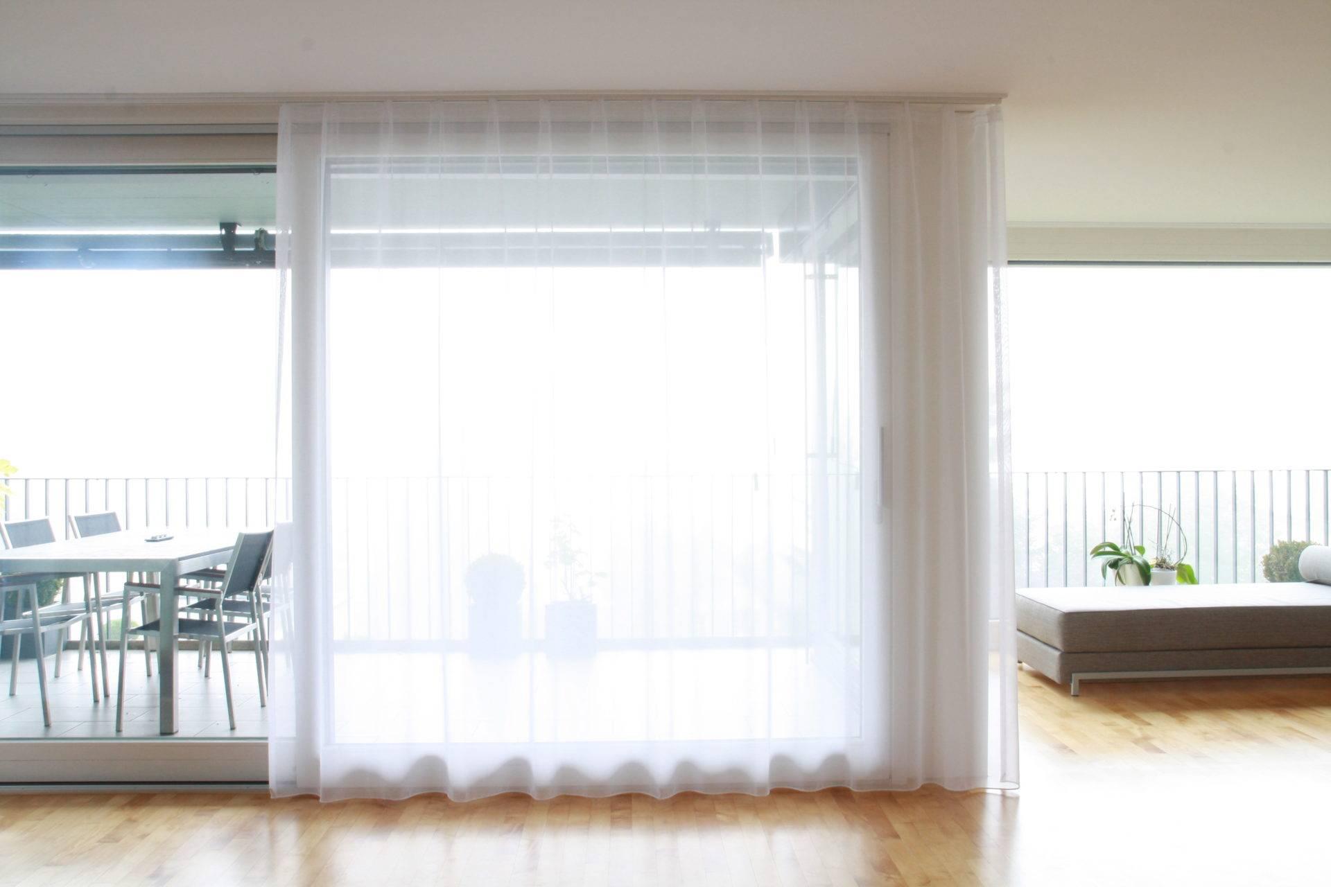 balkontr vorhang auen vorhang fr terrassentr schiebetren ausstattung mit vorhngen und gardinen. Black Bedroom Furniture Sets. Home Design Ideas