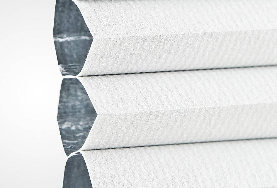 plissee bb24 weiss blickdicht abdunkelnd 7401. Black Bedroom Furniture Sets. Home Design Ideas