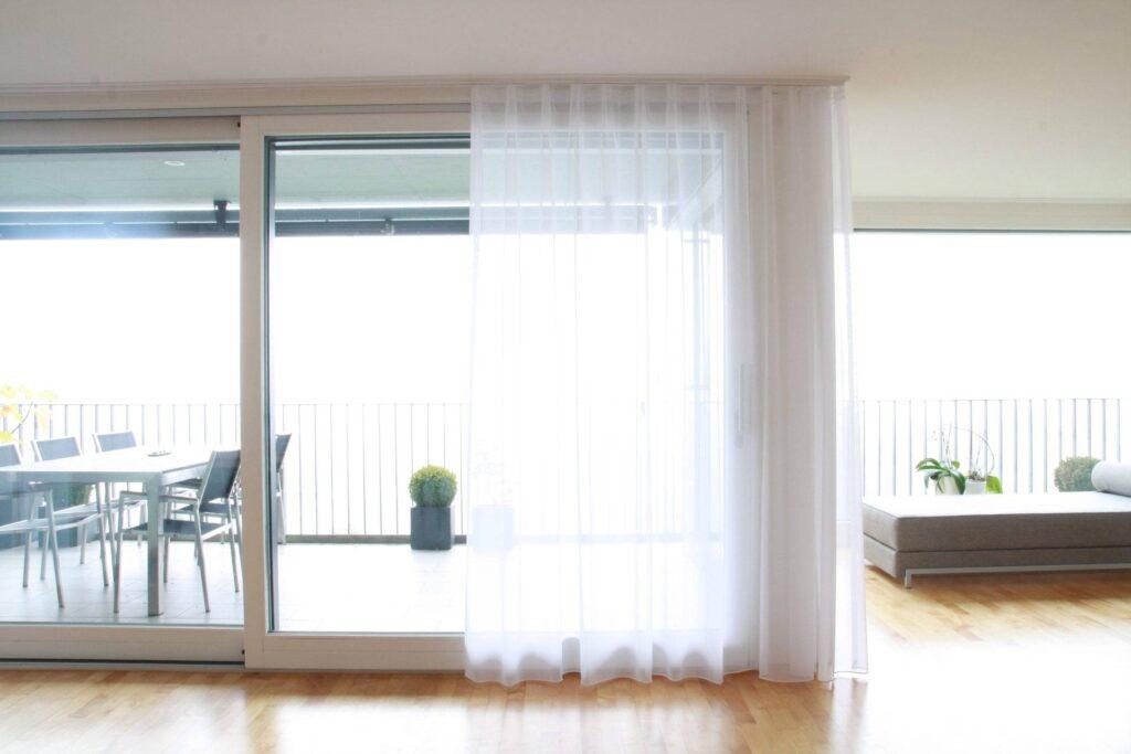 gardinen online hochwertig preiswert. Black Bedroom Furniture Sets. Home Design Ideas