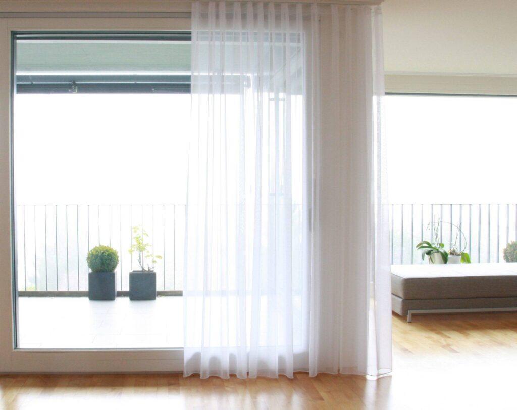 Beeindruckend Fenstervorhänge Foto Von Fenstervorhänge